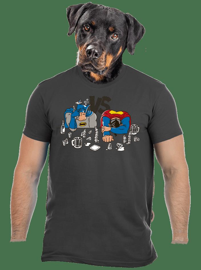 A szuperhősök harca férfi póló
