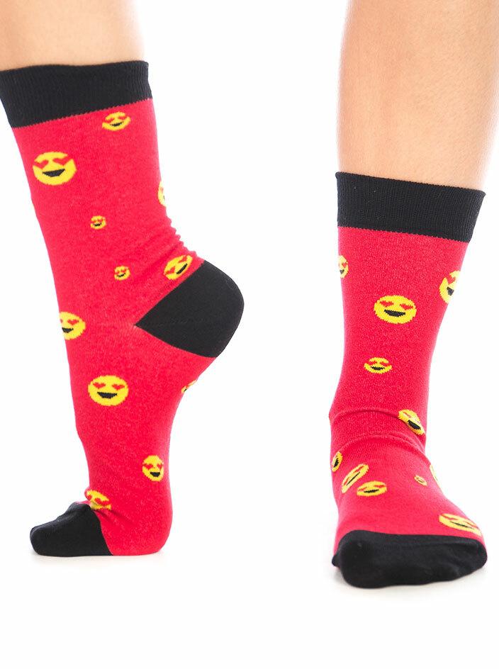Szerelmes emoji zokni